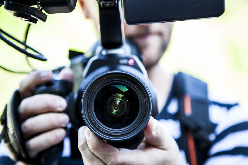 Things to Consider Before Enrolling into a Film School